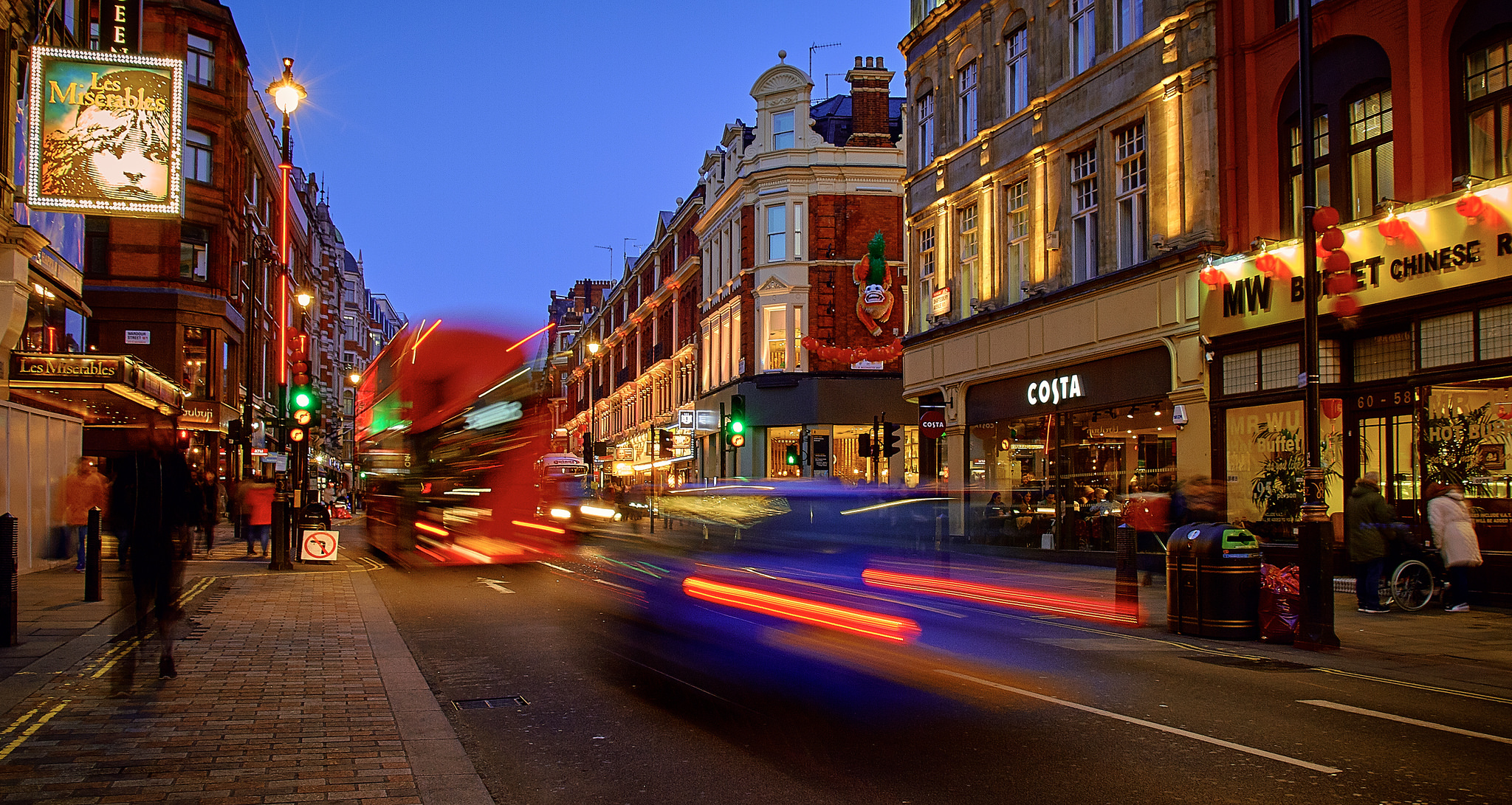 """London"" by Pedro Szekely is licenced underAttribution-ShareAlike 2.0 Generic (CC BY-SA 2.0)"