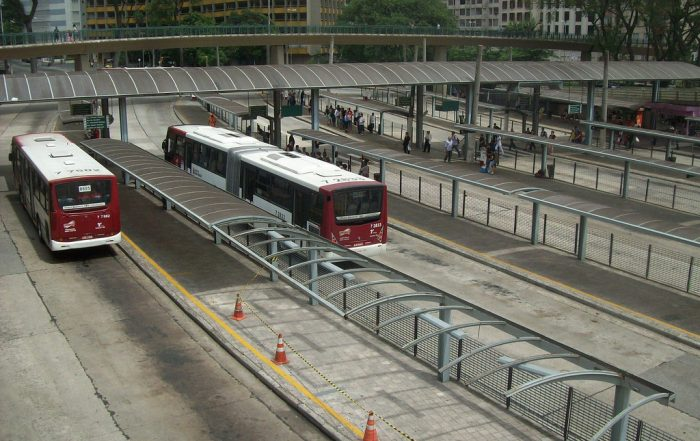"""Terminal de ônibus"" by Milton Jung is licenced under Attribution 2.0 Generic (CC BY 2.0)"