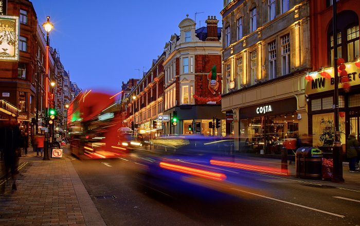 """""""London"""" by Pedro Szekely is licenced underAttribution-ShareAlike 2.0 Generic (CC BY-SA 2.0)"""